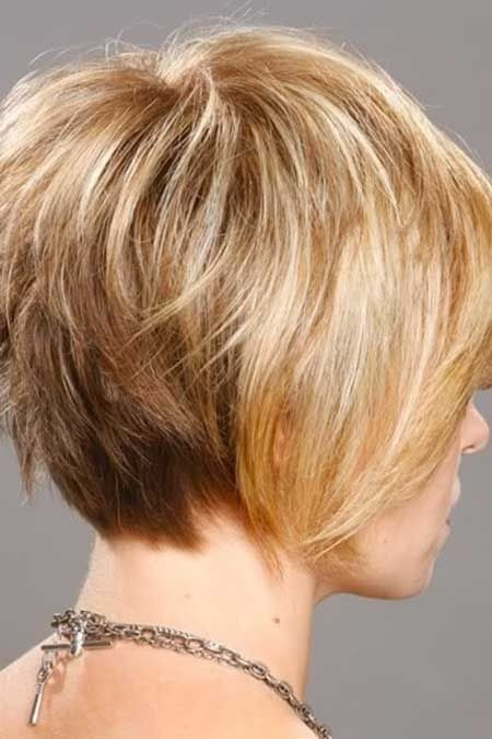 Short Bob Hairstyles for Thin Hair / Via