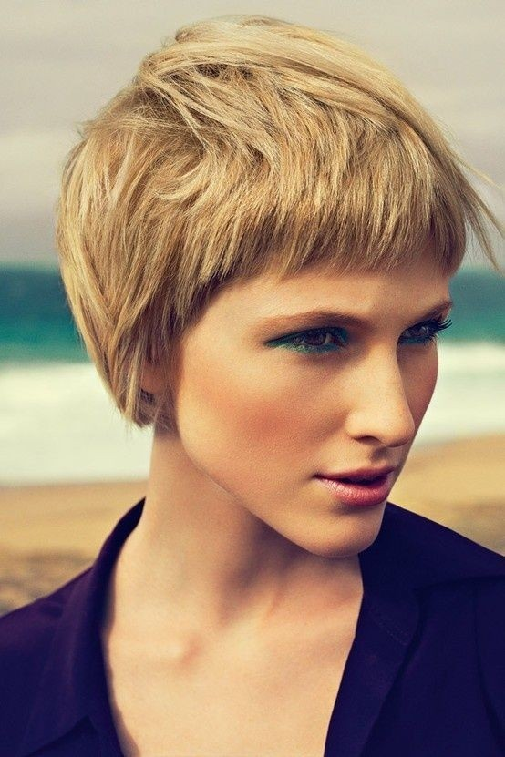 Short Hairstyles for Thick Hair: Blonde Pixie Haircut
