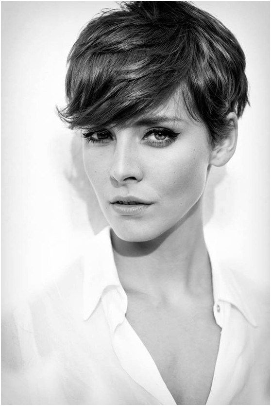 Frisuren für kurzes Haar: Pixie Haircut mit Side Bangs