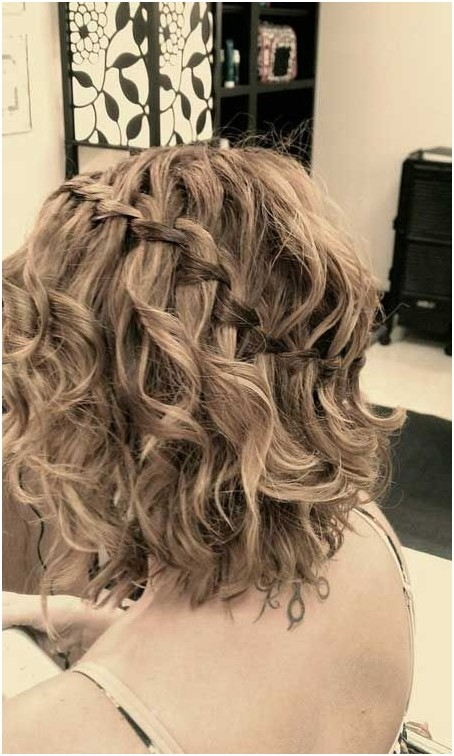 Summer to Fall Hairstyles: Short Curly Hair Styles with Braids