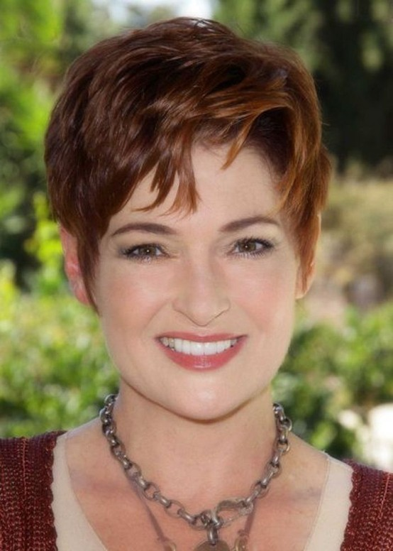 Short Hairstyles For Heart Shaped Faces Over 50 Makeup