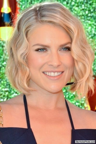 Chic Bob Hairstyles for Wavy Hair