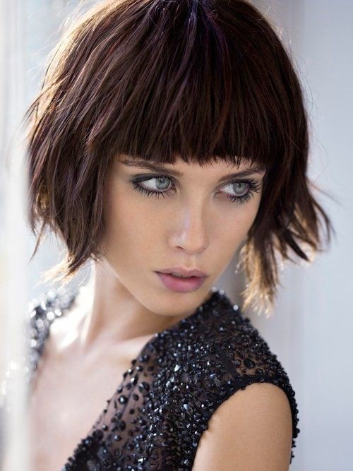 Chin-Length Bob Hairstyles: Shaggy Bob Haircut with Blunt Bangs
