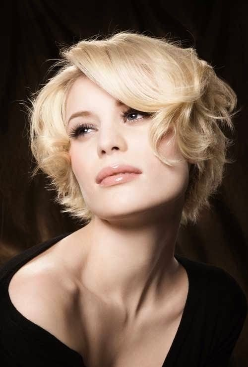 Chin Length Hairstyles For Short Wavy Hair Via Pictures