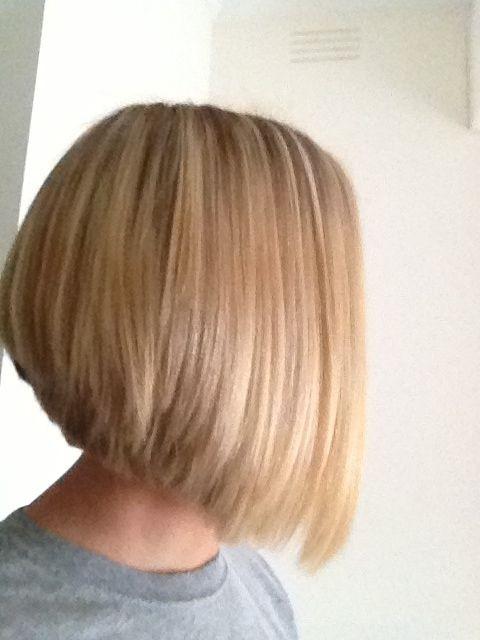 Cute Medium Bob Haircut for Straight Hair