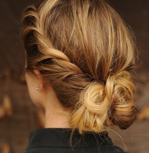 Easy Messy Bun Updos: Back View