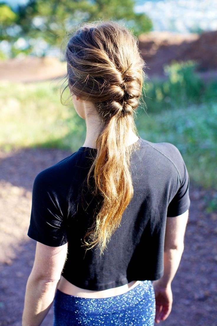 Easy Ponytail Hairstyle for Summer