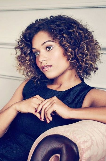 Everyday Hairstyles for Short Curly Hair: Black Women Haircuts
