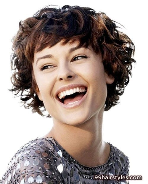 12 Short Hairstyles for Curly Hair - PoPular Haircuts