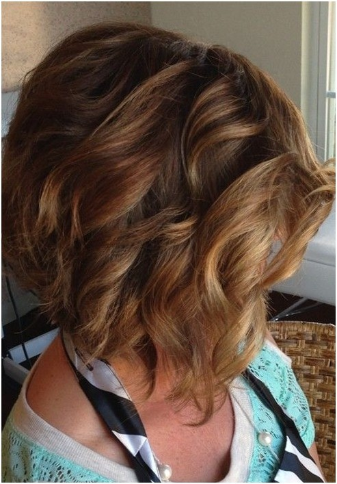 Stacked Curly Bob Haircut: Short Hairstyles Ideas