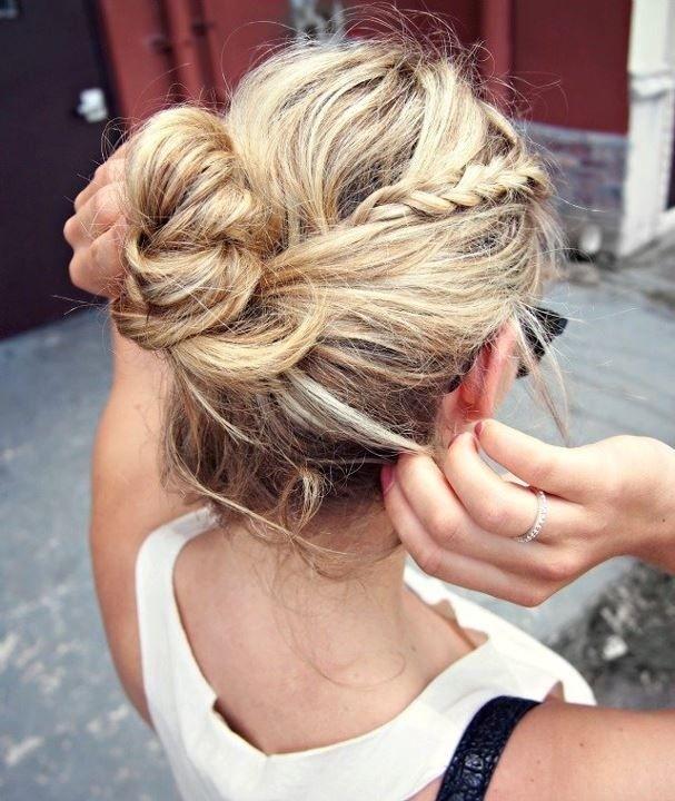 Trendy Messy Braid Bun Ideas