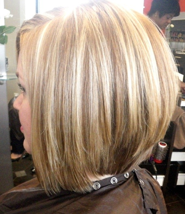 Stacked Medium Bob Haircut: Short Hair Trends