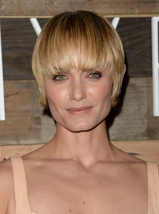 Amber Valletta Short Haircut: Hairstyles Ideas for Women Over 40 - 50