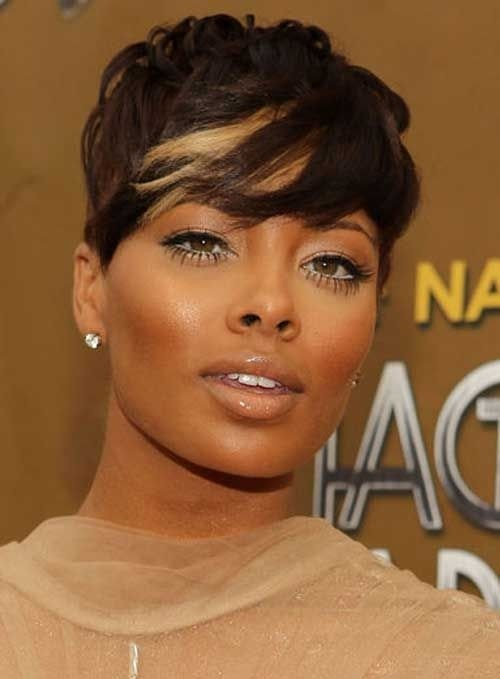 Brown with Blonde Highlights Hair: Black Women Short Hair