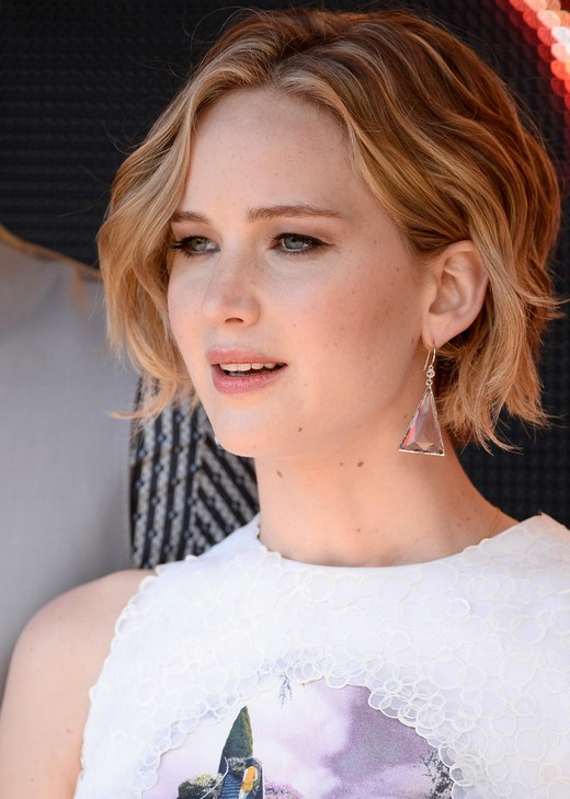 Celebrity Hairstyles 2014 - 2015: Jennifer Lawrence Short Haircut