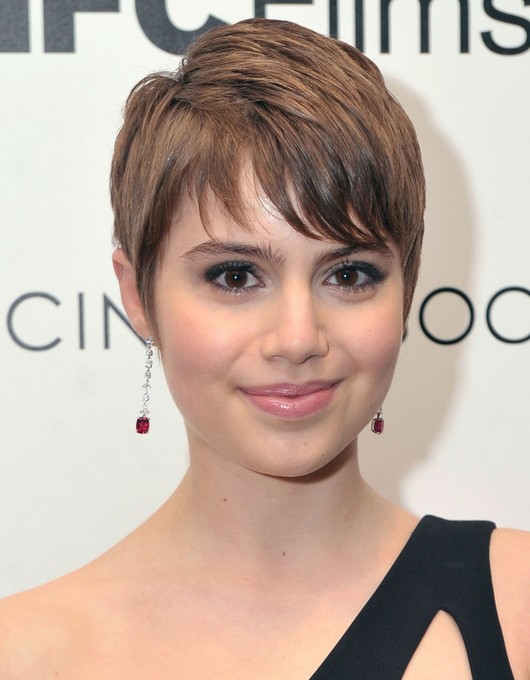 Celebrity Short Hairstyles: Sami Gayle Cute Pixie Cut