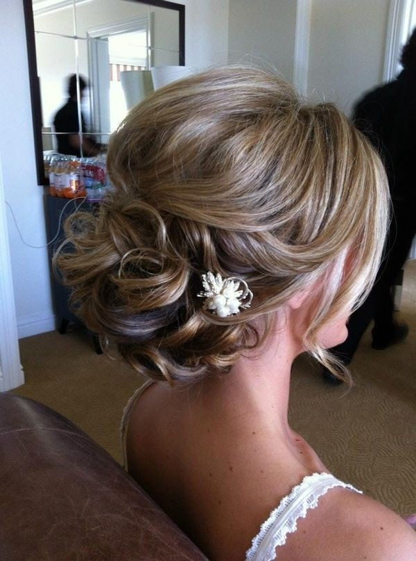 Chic Bridesmaids Hairstyle