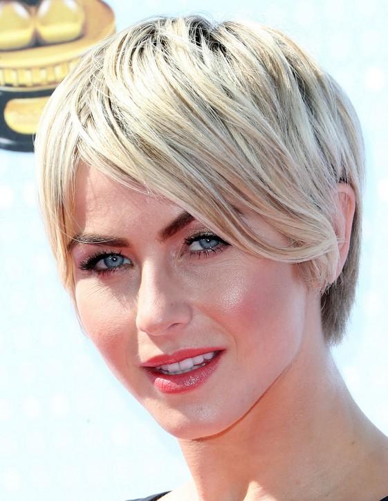 Julianne Hough Short Hair: Everyday Hairstyles for Women