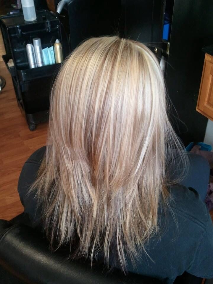 Medium Length Blonde Hair with Caramel Highlights