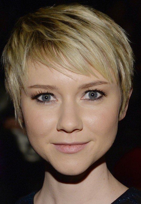 Valorie Curry Pixie Haircut: Cute, Easy Hairstyle