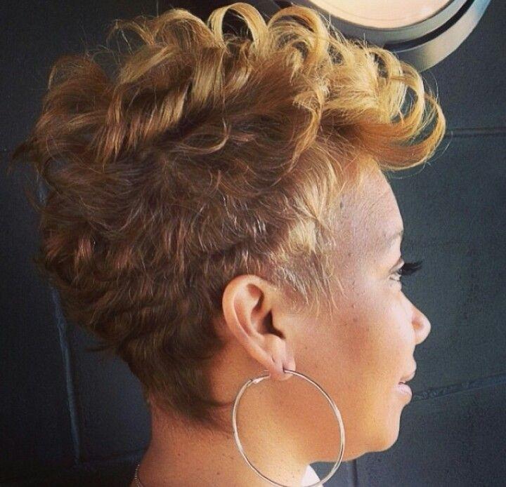 Beautiful Pixie Haircut for Black Women