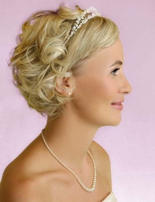 Haircuts For Short Hair : Bridesmaid Hairstyles for Short Hair: Wedding Hair Ideas / Via