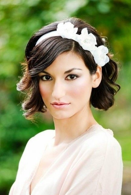 Bridesmaid Hairstyles For Short Hair Popular Haircuts