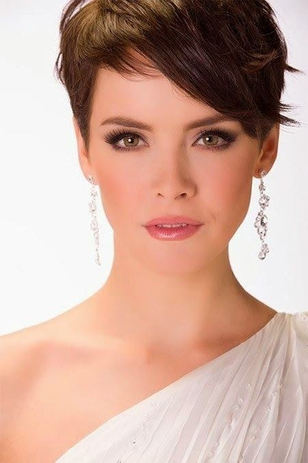 Hairstyles For Short Hair Cute Girl Hairstyles : Cute Short Hair Styles for Women: Straight Hair