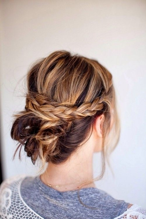 Everyday Hairstyles: Braid Updos