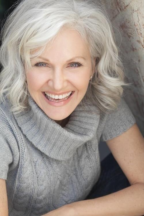 Modern Hairstyles for Older Women: Medium Wavy Hair