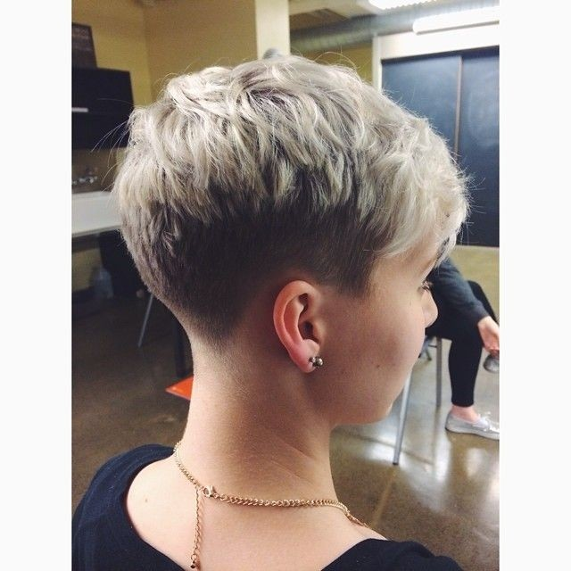 Undercut Pixie: Short Haircuts