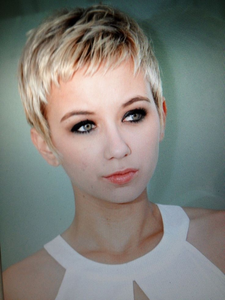 Short Hairstyles 2017 2018: 21 Stylish Pixie Haircuts: Short Hairstyles For Girls And