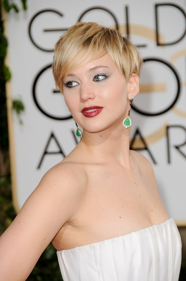 Women Hairstyles: Cute Pixie Haircut for Thin Hair