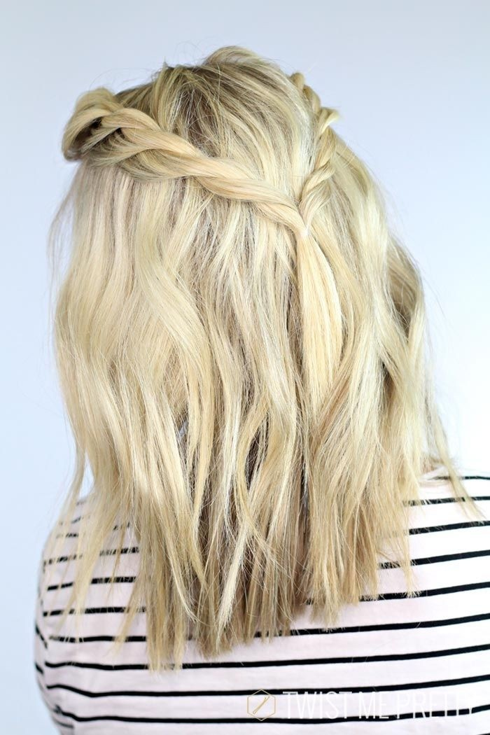 Easy Medium Hairstyle with Braid