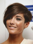 Frankie Sandford Asymmetrical Short Hair Style - Stylish Hairstyles for Thin Hair 2015