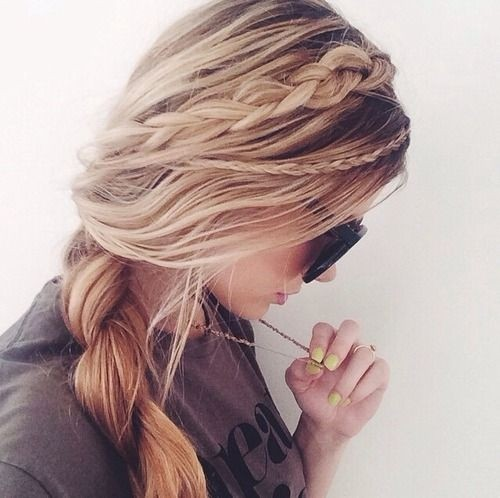 Pretty Loose Side Braid: Braided Hairstyles for Long Hair