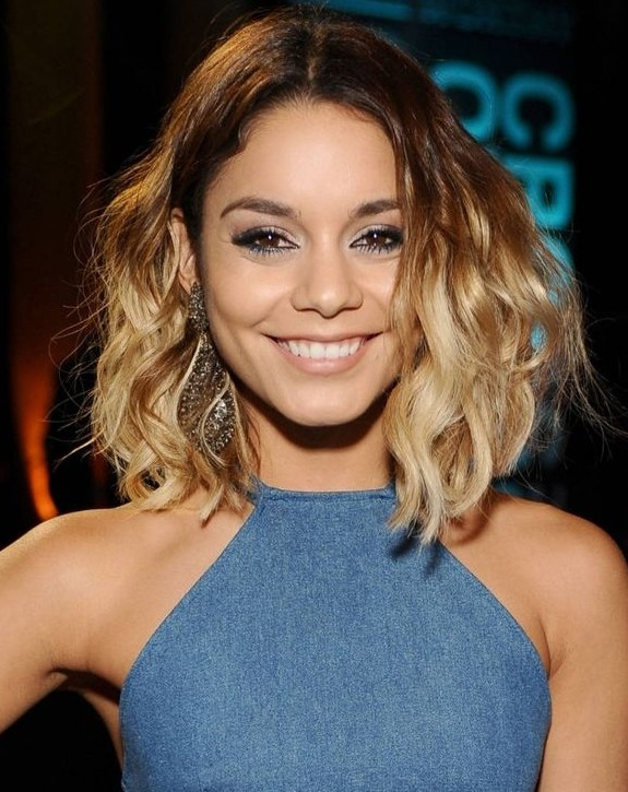 Romantic Ombre Wavy Hairstyle: Shoulder Length Hair Cuts
