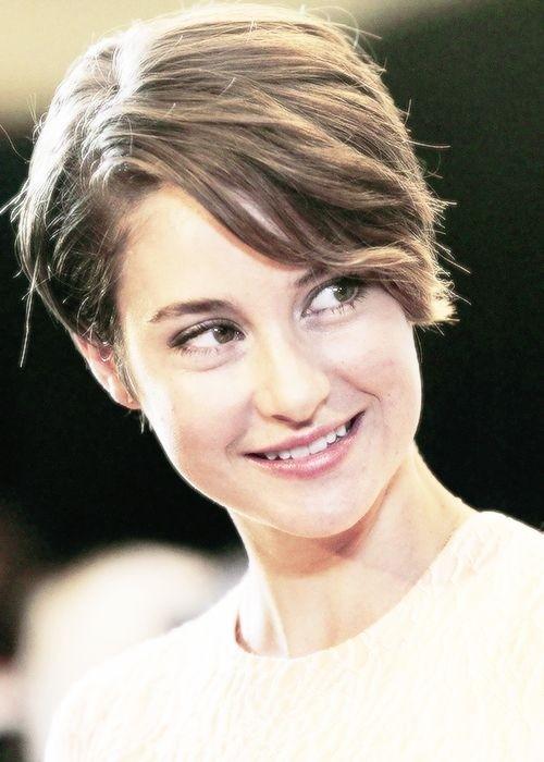 Shailene Woodley Short Hair Style