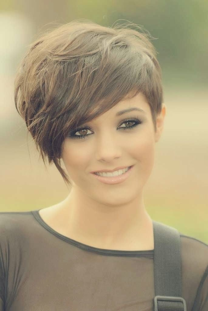 Short Hairstyle for Fine Hair - Cute Hairstyles for Girls