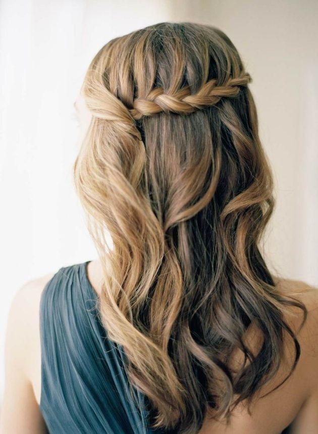Easy Prom Hairstyle for Long Hair / Via