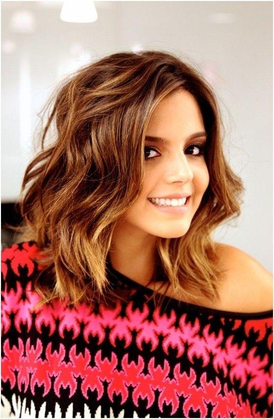 8 Easy Medium Wavy Hairstyle Ideas - PoPular Haircuts