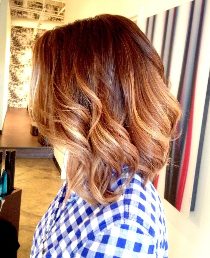 Ombre Hairstyles for Wavy Hair / Via