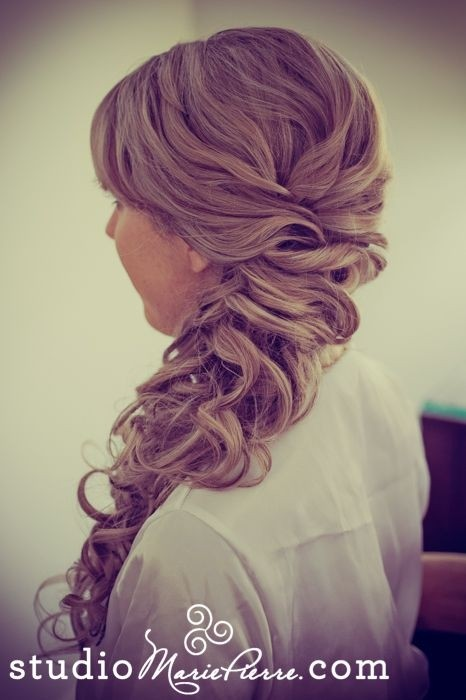 Prom Hairstyle Ideas for Long Hair / Via