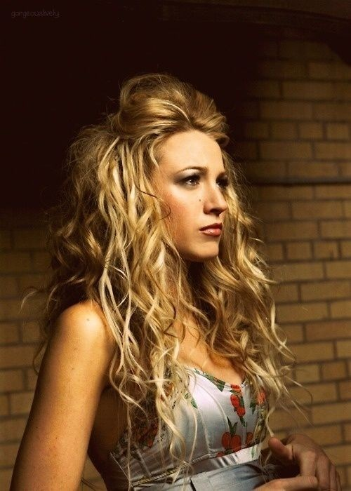 Outstanding 15 Curly Hairstyles For 2017 Flattering New Styles For Everyone Hairstyle Inspiration Daily Dogsangcom