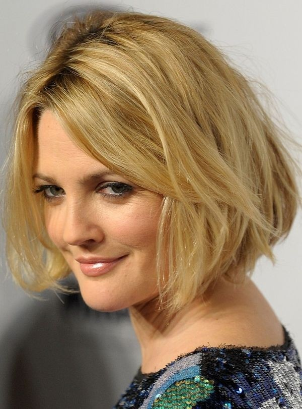 Celebrity Blonde Wavy Bob Haircuts - Shaggy Bob Hairstyle Ideas