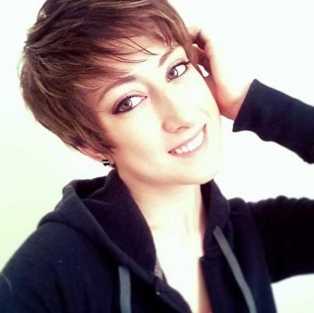 Cute Short Hair Styles with Bangs