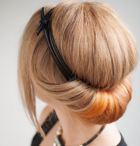 Hairstyles For Short Hair Diy : 18 Pretty Updos for Short Hair: Clever Tricks with a Handful of ...