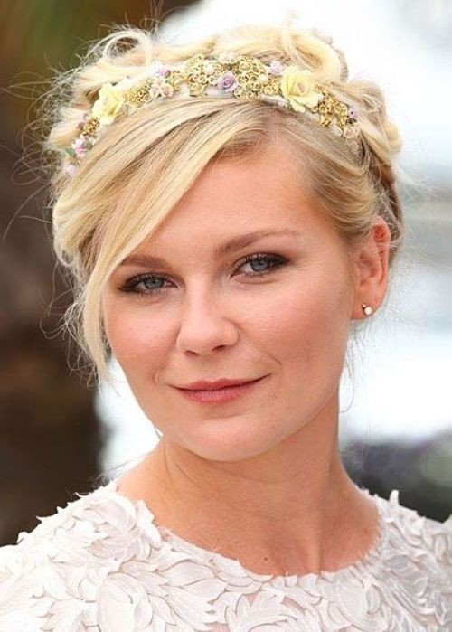 Kirsten Dunst Short Hair Style: Loose Crown Braid Updo with Headband