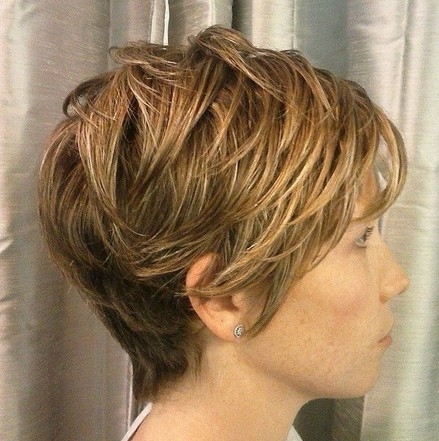 Layered Hairstyles for Short Thick Hair