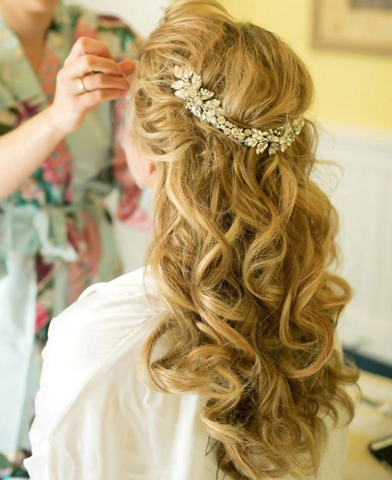 Messy Curly Hairstyle for Long Hair Wedding Hairstyles 2015 Charming